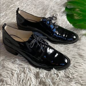Louise et Cie black patent leather lace up oxford